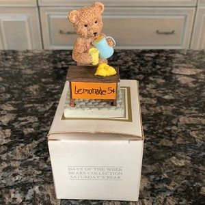 AVON DAYS OF THE WEEK BEARS COLLECTION SAT NWT